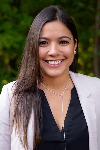 Meet Dr. Juliana De Jesus at Reach Chiropractic in Kennesaw